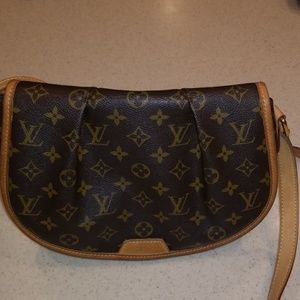 Louis Vuitton Menilmontant pm cross body bag